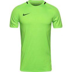 Nike Koszulka męska M NK DRY TOP SS SQD PRIME zielona r. M (846029 336). Zielone koszulki sportowe męskie marki Nike, m. Za 109,00 zł.