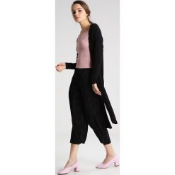 Bluzki asymetryczne: Miss Selfridge Petite Bluzka z długim rękawem pink