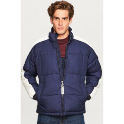 Pikowana kurtka ze stójką - Granatowy. Niebieskie kurtki męskie pikowane marki Reserved, l. Za 169,99 zł.