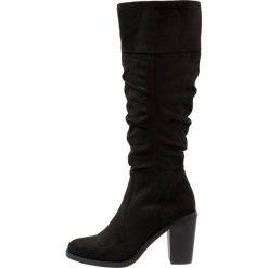 Head over Heels by Dune TAMIKA Kozaki na obcasie black. Czarne buty zimowe damskie Head over Heels by Dune, z materiału, na obcasie. W wyprzedaży za 335,20 zł.