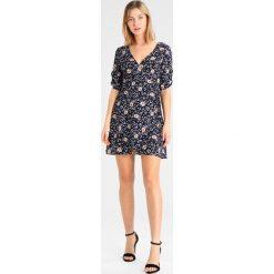 Sukienki hiszpanki: Glamorous Sukienka letnia navy blush