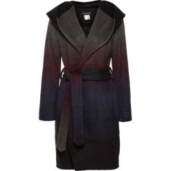 Płaszcz z kapturem bonprix czarny. Czarne płaszcze damskie pastelowe bonprix. Za 239,99 zł.