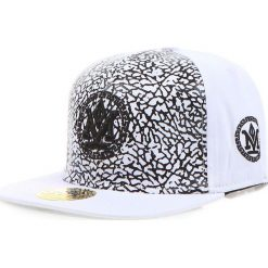 Czapka męska snapback biała (hx0213). Białe czapki z daszkiem męskie Dstreet, z haftami, eleganckie. Za 69,99 zł.