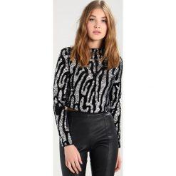Ivyrevel ORAGE Bluzka z długim rękawem grey/black. Szare bluzki asymetryczne Ivyrevel, z elastanu, z długim rękawem. W wyprzedaży za 340,45 zł.