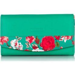 Portfel damski Franko w kwiatki skórzany. Zielone portfele damskie Franko, w kwiaty, z materiału. Za 99,00 zł.