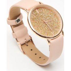Zegarek - Złoty. Żółte zegarki damskie Cropp, złote. Za 39,99 zł.