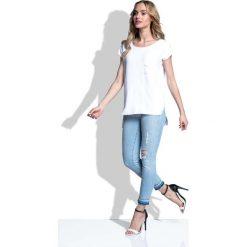 Biała Bluzka Asymetryczna z Kieszonką. Białe bluzki damskie marki Molly.pl, l, z bawełny, eleganckie, z asymetrycznym kołnierzem, z krótkim rękawem. Za 86,90 zł.