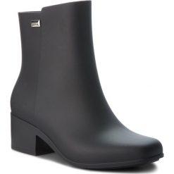 Kalosze ZAXY - Close Boot Ad 17351 Black 90669 BB285045 02064. Czarne buty zimowe damskie Zaxy, z tworzywa sztucznego. W wyprzedaży za 159,00 zł.