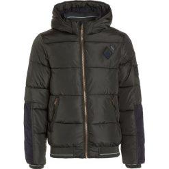 IKKS AVEN/TOKYO JACK Kurtka zimowa khaki. Brązowe kurtki chłopięce zimowe marki IKKS, z materiału. W wyprzedaży za 323,40 zł.