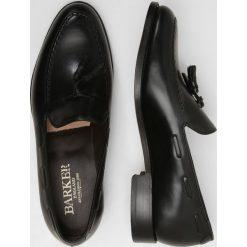 Barker LITCHFIELD Eleganckie buty black. Czarne buty wizytowe męskie marki Barker, z materiału. W wyprzedaży za 853,30 zł.