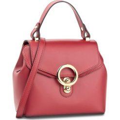 Torebka CREOLE - K10434 Czerwony. Czerwone torebki klasyczne damskie Creole, ze skóry. W wyprzedaży za 189,00 zł.