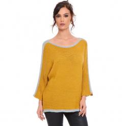 """Sweter """"Cecile"""" w kolorze musztardowym. Żółte swetry klasyczne damskie marki Cosy Winter, s, ze splotem, z okrągłym kołnierzem. W wyprzedaży za 159,95 zł."""