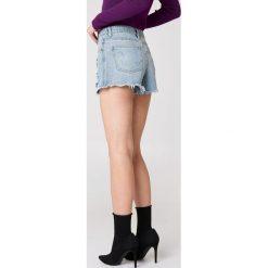 Minkpink Szorty jeansowe Trash Talk - Blue. Niebieskie bermudy damskie MINKPINK, z aplikacjami, z jeansu. W wyprzedaży za 66,89 zł.