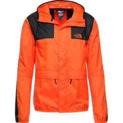 The North Face MOUNTAIN 1985 SEASONAL CELEBRATION Kurtka wiosenna persian orange. Szare kurtki męskie marki The North Face, l, z materiału, z kapturem. Za 399,00 zł.
