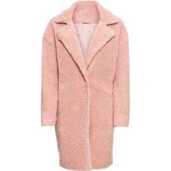 Płaszcz ze sztucznego futerka bonprix jasnoróżowy. Czerwone płaszcze damskie bonprix. Za 219,99 zł.