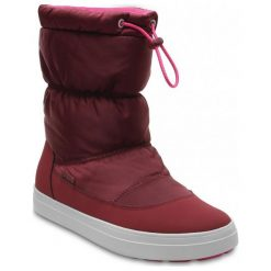 Crocs Śniegowce Lodgepoint Shiny Pullon W Garnet/Candy Pink 41,5. Różowe śniegowce damskie Crocs, z gumy. W wyprzedaży za 259,00 zł.