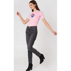 Sweet SKTBS T-shirt Sweet Pepsi Ringer - Pink. Zielone t-shirty damskie marki Emilie Briting x NA-KD, l. W wyprzedaży za 40,38 zł.