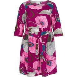 Sukienki hiszpanki: Sukienka w kolorze różowo-szarym