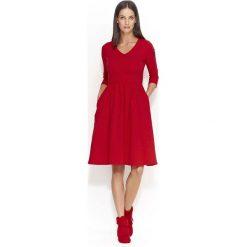 Czerwona Dresowa Sukienka z Szerokim Dołem. Niebieskie sukienki balowe marki Molly.pl, na co dzień, l, z elastanu, z klasycznym kołnierzykiem, oversize. Za 123,90 zł.
