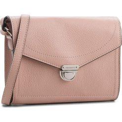 Torebka COCCINELLE - CV3 Mini Bag E5 CV3 55 H1 07 Pivoine P08. Czerwone listonoszki damskie Coccinelle, ze skóry, na ramię. W wyprzedaży za 659,00 zł.