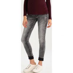 MAMALICIOUS ZENZI  Jeansy Slim Fit grey denim. Szare jeansy damskie MAMALICIOUS. W wyprzedaży za 215,20 zł.