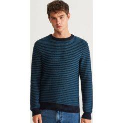Sweter w paski - Granatowy. Szare swetry klasyczne męskie marki Reserved, l, w paski, z klasycznym kołnierzykiem. Za 99,99 zł.