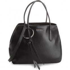 Torebka COCCINELLE - CH0 Fidele E1 CH0 18 01 01 Noir 001. Czarne torebki klasyczne damskie marki Coccinelle, ze skóry. W wyprzedaży za 1049,00 zł.