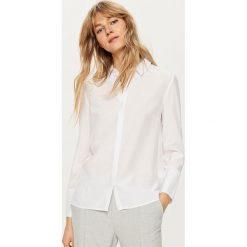 Koszula - Kremowy. Białe koszule damskie marki Reserved, l, z dzianiny. W wyprzedaży za 39,99 zł.