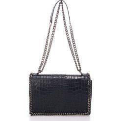 Torebki klasyczne damskie: Skórzana torebka w kolorze czarnym – 30 x 20 x 10 cm
