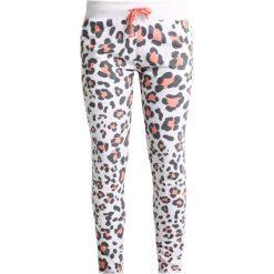 Juvia LEOPARD JOGGER Spodnie treningowe neon peach. Pomarańczowe spodnie dresowe damskie Juvia, m, z bawełny. W wyprzedaży za 463,20 zł.