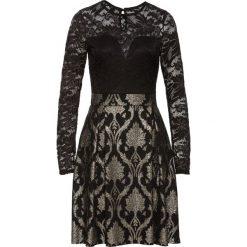 Sukienka z koronką bonprix czarny. Czarne sukienki koronkowe bonprix, w koronkowe wzory. Za 124,99 zł.