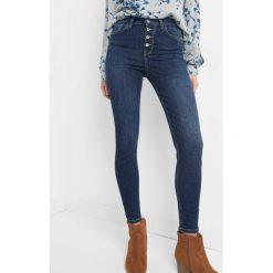 Jeansy skinny z wysokim stanem. Niebieskie jeansy damskie marki Orsay, z bawełny, z podwyższonym stanem. Za 119,99 zł.