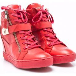 Carinii - Botki. Różowe buty zimowe damskie Carinii, z materiału, na koturnie, na sznurówki. W wyprzedaży za 269,90 zł.