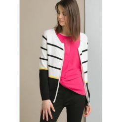 Swetry rozpinane damskie: Sweter w prążki