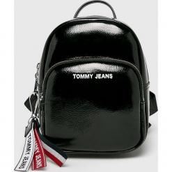 Tommy Jeans - Plecak. Czarne plecaki damskie Tommy Jeans, z jeansu. Za 539,90 zł.