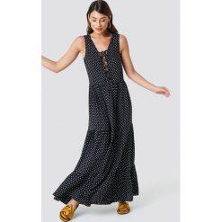 Trendyol Sukienka maxi w kropki - Black. Szare długie sukienki marki Trendyol, na co dzień, z elastanu, casualowe, dopasowane. Za 121,95 zł.