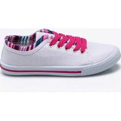 American Club - Tenisówki dziecięce. Szare buty sportowe dziewczęce marki American CLUB, z materiału, z okrągłym noskiem. Za 39,90 zł.