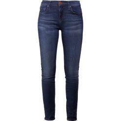 True Religion HALLE Jeans Skinny Fit blue denim. Niebieskie boyfriendy damskie True Religion, z bawełny. Za 839,00 zł.