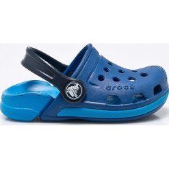 Crocs - Klapki dziecięce Electro III. Niebieskie klapki chłopięce marki Crocs, z gumy, z okrągłym noskiem. Za 129,90 zł.