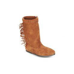 Kozaki Minnetonka  LUNA FRINGE BOOT. Brązowe buty zimowe damskie Minnetonka. Za 527,20 zł.