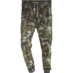 Spodnie dresowe męskie: Tigha BEEK Spodnie treningowe dark green