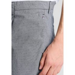 Chinosy męskie: Sisley Spodnie materiałowe blue