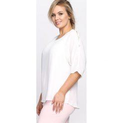 Biała Bluzka As For Me. Białe bluzki z odkrytymi ramionami Born2be, xl, z okrągłym kołnierzem, z krótkim rękawem. Za 54,99 zł.