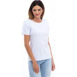 Bluzki damskie: Biała bluzka z falbankami na ramionach 3514