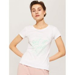 T-shirty damskie: T-shirt z hasłem – Biały