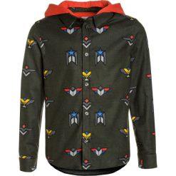 Armani Junior Koszula phantasia verdone. Brązowe bluzki dziewczęce bawełniane marki Armani Junior. W wyprzedaży za 389,40 zł.