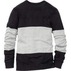 Sweter z okrągłym dekoltem Regular Fit bonprix czarno-jasnoszary melanż w paski. Czarne swetry klasyczne męskie bonprix, l, melanż, z okrągłym kołnierzem. Za 74,99 zł.