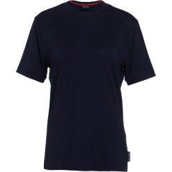 Emporio Armani Tshirt basic blue navy. Szare koszulki polo marki Emporio Armani, l, z bawełny, z kapturem. W wyprzedaży za 367,20 zł.