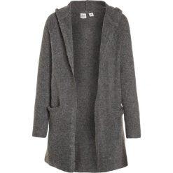 GAP GIRLS HOOD CARDI Kardigan grey heather. Szare swetry dziewczęce GAP, z elastanu. W wyprzedaży za 143,20 zł.