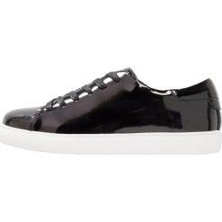 Trampki damskie slip on: Shoe The Bear ELLA Tenisówki i Trampki black
